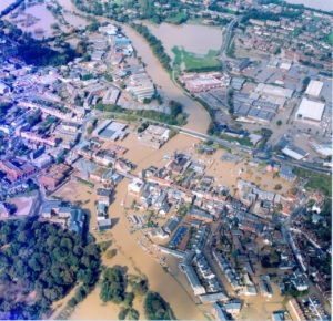 Aerial view of the floods in Lewes 2000